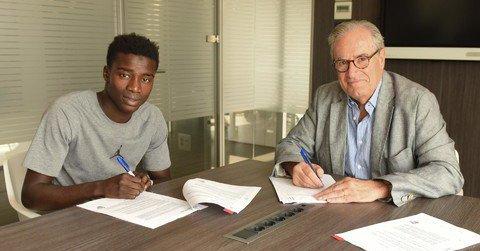 La clause libératoire de Moussa Wagué au Fc Barcelone fixée à 100 millions d'euros