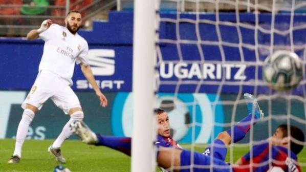Liga: le Real Madrid explose Eibar de Pape Kouly Diop  (4-0)