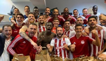 Grèce : Olympiacos de Pape Abdou Cissé et Ousseynou Ba remporte le championnat