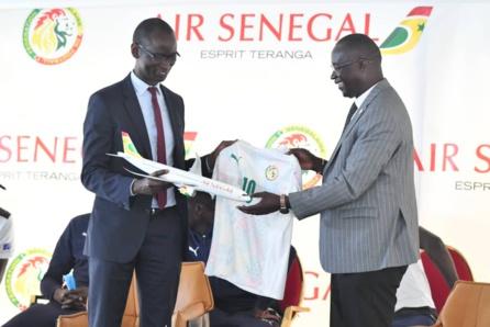 Signature convention de partenariat entre Air Sénégal et la FSF