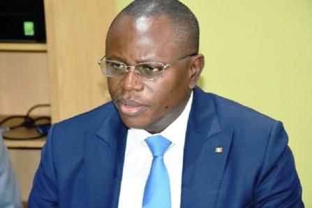 Matar Ba rend hommage à amadou Lamine Ba, ancien SG du CSSA