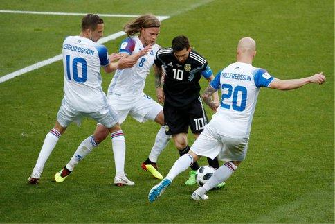 L'Islande : 11 défenseurs, 338 000 supporteurs