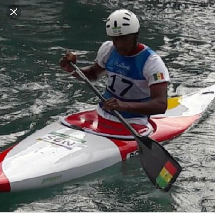 JOJ 2022 à Dakar: le canoë kayak et aviron reçoit un don  81 bateaux