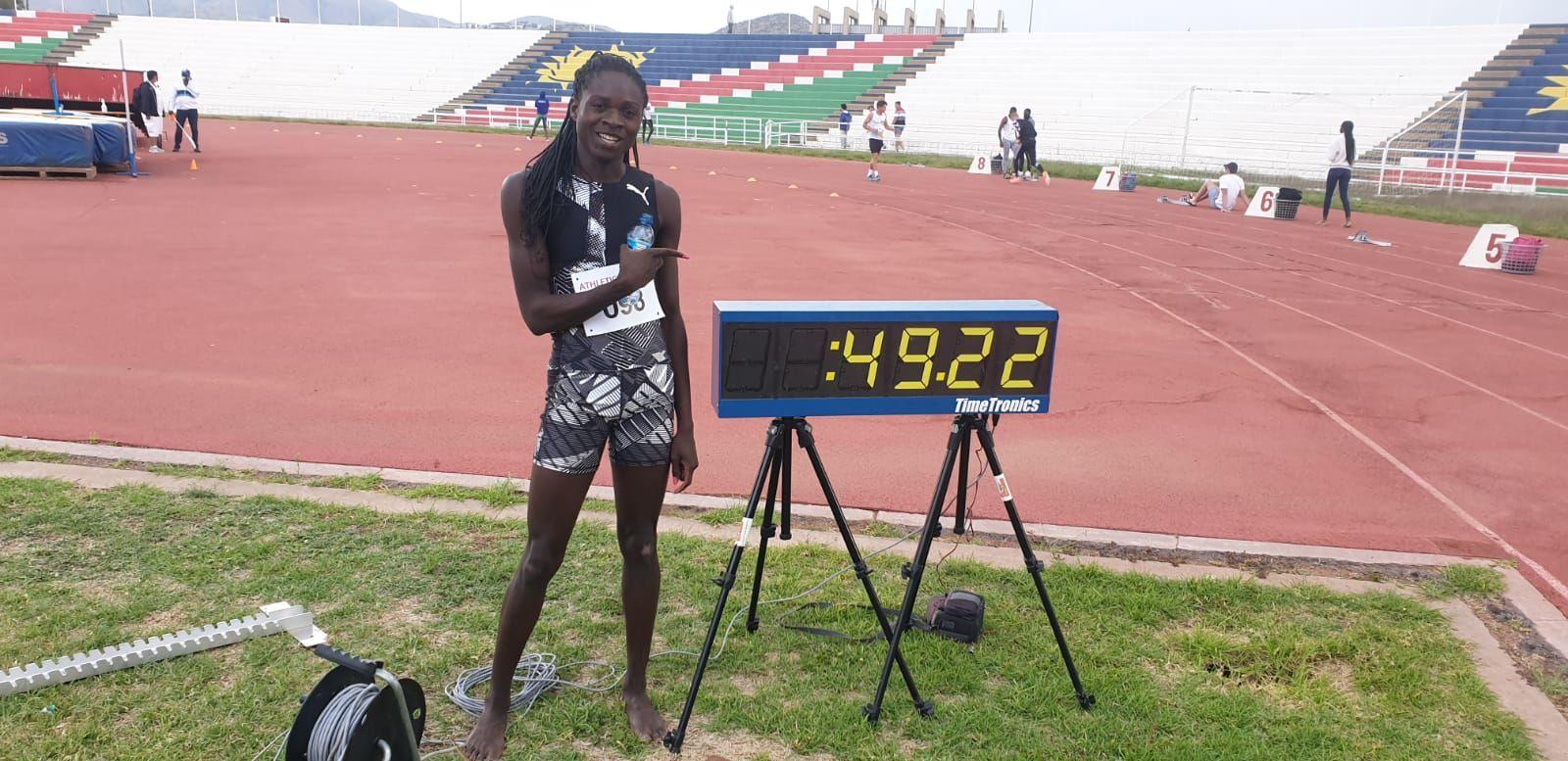 Christine Mboma, 18 ans, réalise le 7e meilleur temps de l'histoire sur 400 m