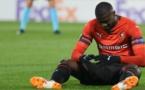 France – Rennes : Pierre Ménés défend Mbaye Niang, sifflé par les supporters !
