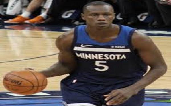 Basket – NBA : Victoire des Wolves double double de Gorgui